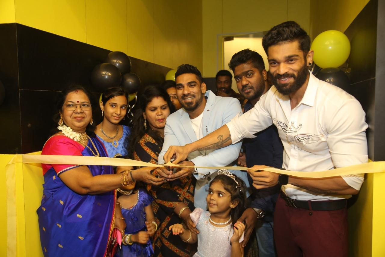 Three time Mr. World Title Winner Mr. R.Manikandan launched 'Team Fibre, Lifestyle Fitness Studio' by Mr. India Title Winner Mr.Jammy at Moolakadai, Chennai